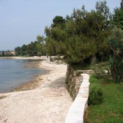 Plaža in sprehajališče